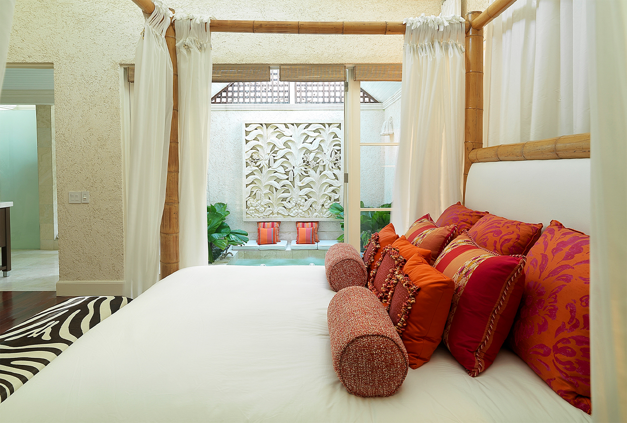 Canopy bed at Roaring Pavilion, Jamaica