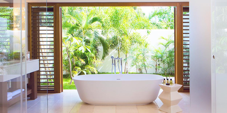 Jumby Bay Sllamanda Bathroom Tub