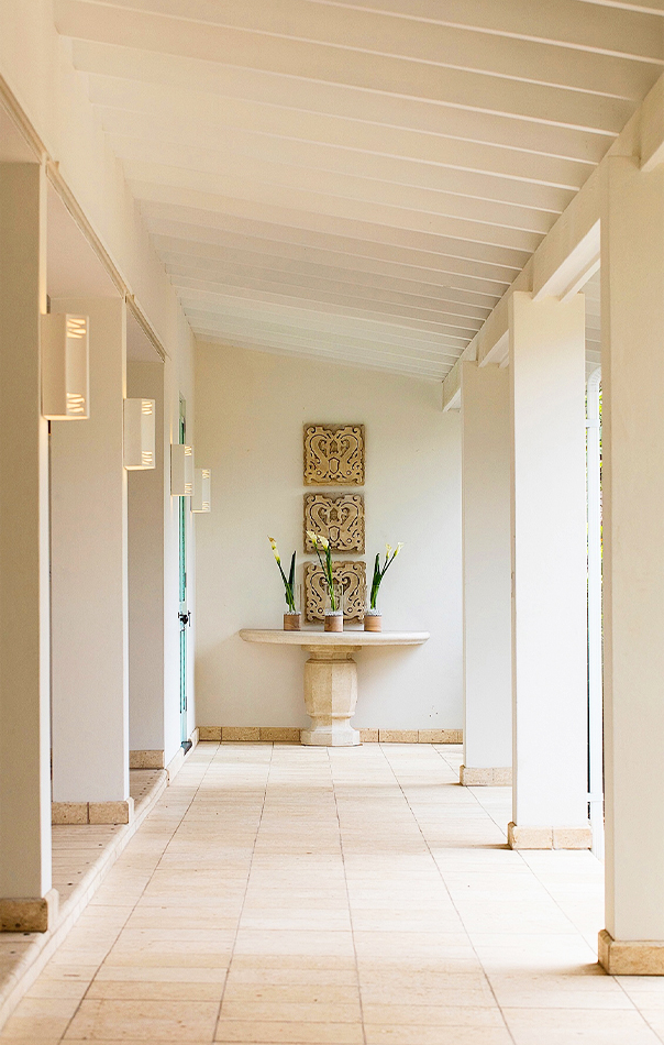 Jumby Bay Evangeline Hallway