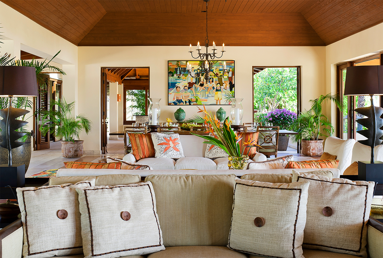 Couches and living area in Tamarind Cove