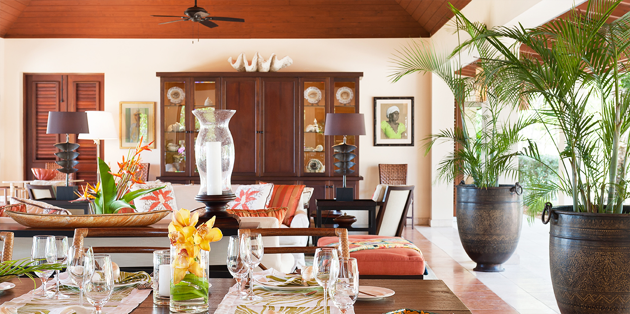 Dining and living areas in Tamarind Cove